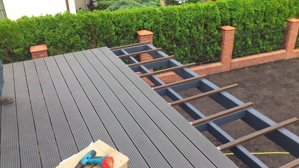 Decking Wood Polymer Composites : Wood plastic composite deck wpc newcore global